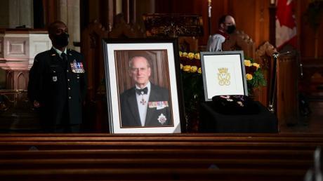 Prinz Philip galt in jungen Jahren als Reformer des Königshauses. Im Alter von 99 Jahren ist er gestorben.