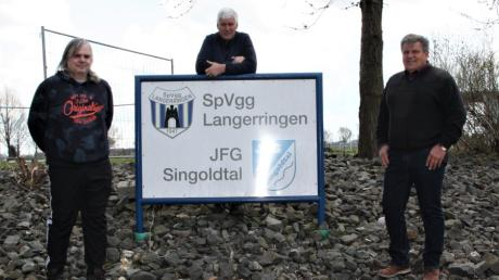 Sie können auf eine erfolgreiche Bilanz zurückblicken: die Vorsitzenden der JFG Singoldtal, (von links) Andreas Rohrer, Franz Strehle und Peter Kammerer.