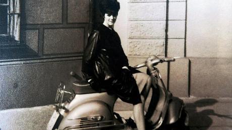Für Margit Pissors aus Steppach ist der Roller bis heute mehr als nur ein motorisiertes Zweirad, wie ihre Erinnerungen und Fotos aus vergangenen Zeiten beweisen.