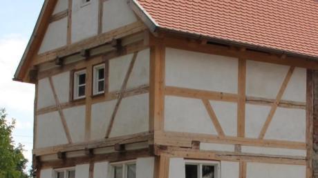 Arbeiten am Fachwerkanbau im östlichen Bereich des Meisngerhauses in Babenhausen stehen an.