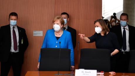Die Lobbyisten aus den eigenen Reihen haben Kanzlerin Angela Merkel für Wirecard in die Spur gesetzt .