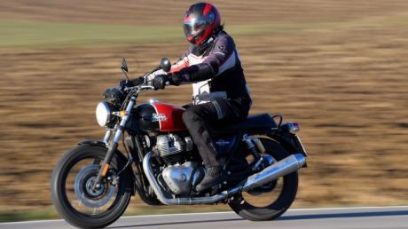 Ein Motorradfahrer hatte bei Villenbach am Freitag einen Unfall.