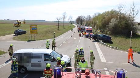 Auf der B16 bei Ellzee hat sich am Montag ein Unfall ereignet.