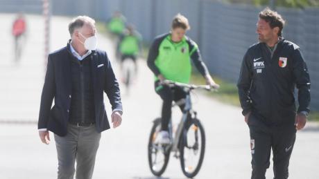 Ist wieder zurück beim FCA: Trainer Markus Weinzierl (rechts).