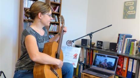 Musik mal anders: Carolin Sandmair und ihre Kollegen und Kolleginnen sind inzwischen Profis in puncto Online-Unterricht geworden.