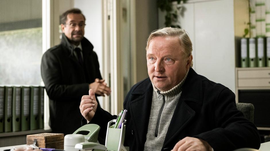 Der Tatort lockt Sonntag für Sonntag Millionen vor den Fernseher. Aber wer ermittelt eigentlich wo? Diese  Kommissare bzw. Teams sind derzeit im TV-Einsatz.