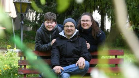 Gute Nachrichten für Familie Mark aus Meitingen: Matthias Mark hat einen Stammzellenspender. Am Mittwoch findet eine Typisierungsaktion statt, um weitere Lebensretter zu finden.