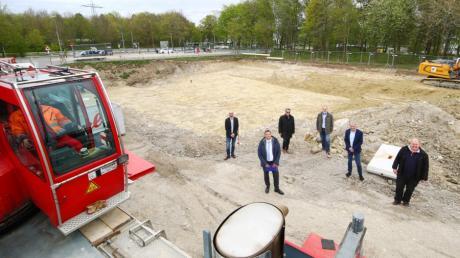 Für 9,6 Millionen Euro wird von der Lebenshilfe in der Eberhard-Finckh-Straße in Ulm-Böfingen eine Werkstätte für Menschen mit psychischer Erkrankung erbaut.