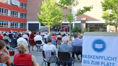 Das Konzert von Harmonic Brass im Schulhof, das die Bürger für Friedberg auf die Beine gestellt hatten, war eine der wenigen Kulturveranstaltungen in Friedberg im Jahr 2020.