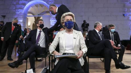 Ursula von der Leyen, Präsidentin der Europäischen Kommission, plädiert für eine Angleichung sozialer Standards in den EU-Mitgliedsstaaten.