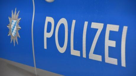 Auf einen rabiaten 22-Jährigen stieß die Polizei Sonntagfrüh in Offingen. Der Mann hatte Alkohol und Betäubungsmittel konsumiert.