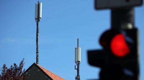 In Augsburg ist die Zahl der Antennen-Standorte für Mobilfunk in den vergangenen Jahren auf mehr als 200 gestiegen. Ob es weiteres Wachstum gibt, ist noch offen.