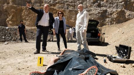Moritz Eisner (Harald Krassnitzer) und Bibi Fellner (Adele Neuhauser) müssen den Tod eines hohen Beamten des Innenministeriums aufklären: Szene aus dem Wien-Tatort heute.
