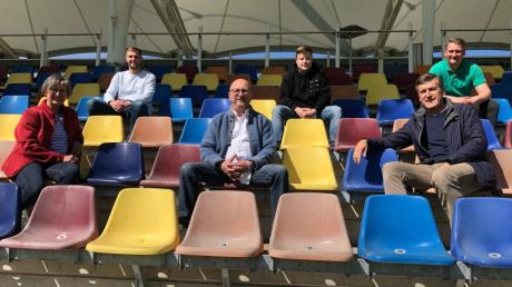 Das neue Präsidium des TSV Gersthofen ist bereit für den Re-Start. Von links Barbara Eßt, Daniel Kloda, Manfred Lamprecht, Marcel Schöne, Ulrich Meitinger, Markus Kölsch.