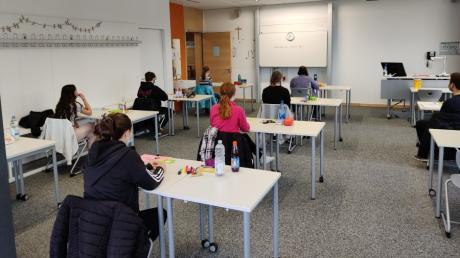 In Mering fand am Gymnasium zum ersten Mal das Abitur statt.