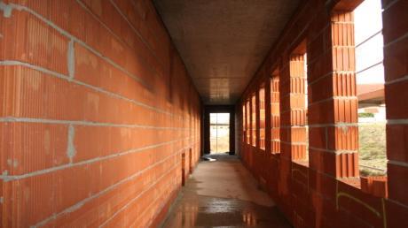 Ein Blick ins Innere der neuen Aindlinger Kita. Im Erdgeschoss dürfen künftig die Krippenkinder spielen.