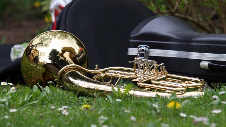 Nach knapp sieben Monaten Pause dürfen Amateurmusiker in Bayern ab dem 21. Mai wieder proben, drinnen mit maximal zehn Personen, im Freien mit bis zu 20.