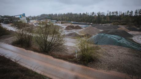 Die Firma Result-Recycling will am Standort bei Igling eine Waschanlage für Schotter bauen, der für Bahntrassen verwendet wird.