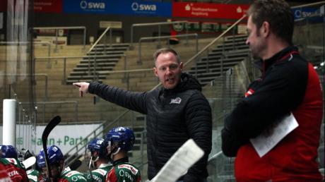 Heiko Vogler (Mitte) wird neben seiner Tätigkeit als U20-Trainer künftig als sportlicher Leiter im Nachwuchs arbeiten.