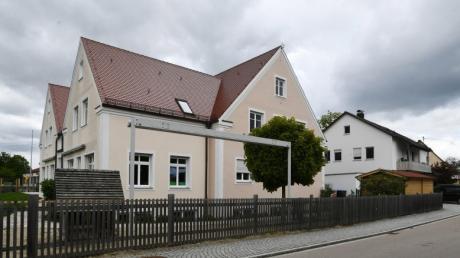 Die Erweiterung des Kindergartens Pusteblume  Ellgau gehört zu den großen Posten im Ellgauer Haushalt 2021. Die Kinder ziehen zusätzlich in den benachbarten Bau.