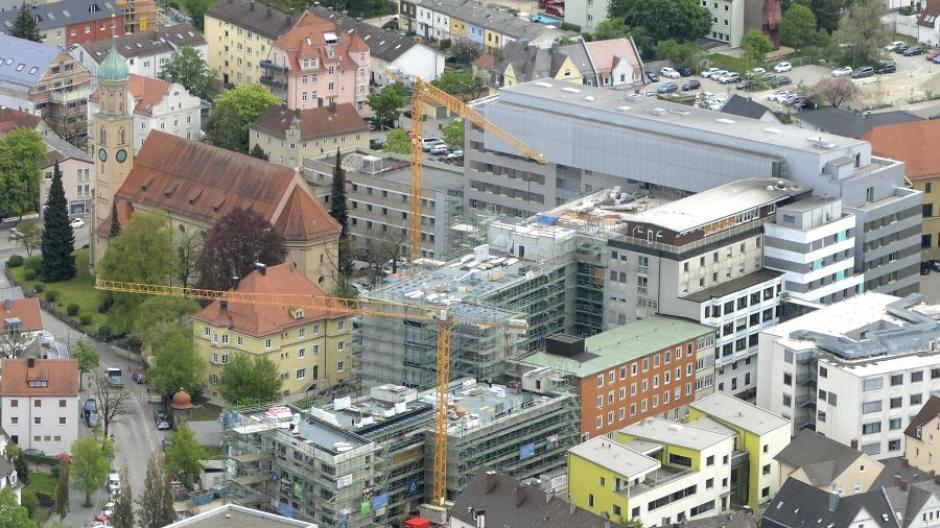 Das Sozialpädiatrische Zentrum ist seit dem Jahreswechsel am Josefinum (im Bild) angesiedelt. Dagegen gibt es Widerstand des bisherigen Betreibers Hessing.
