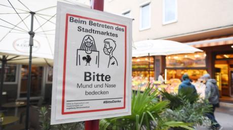Auf dem Augsburger Stadtmarkt gilt weiterhin die Maskenpflicht.