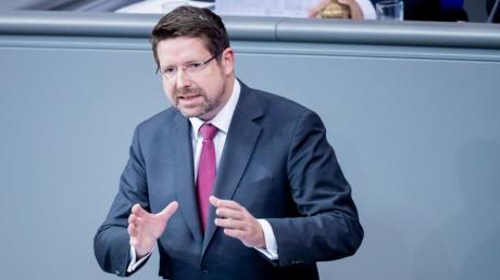 Der CSU-Politiker Stephan Stracke aus dem Allgäu ist Experte für Sozialpolitik.