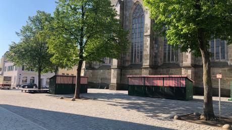 Auf dem Marktplatz entlang der St. Georgs-Kirche soll ein zusätzlicher Biergarten aufgebaut werden.