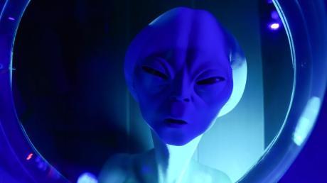 Aliens wären mit dem Rieskrater als Landeplatz gut beraten. Die passende Überschrift für dieses Ereignis hätte unser Autor bereits parat.