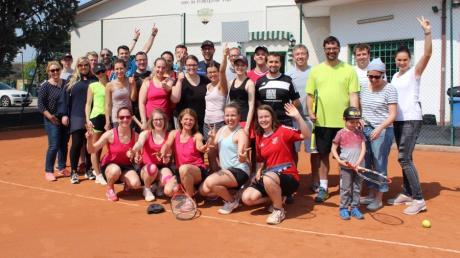 Die Offinger Tennis-Abteilung freut sich, dass Ihre Teams endlich wieder am Spielbetrieb teilnehmen können.