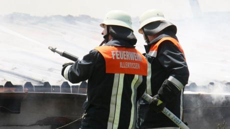 Die Feuerwehr Illertissen präsentiert sich und ihre Fahrzeuge am Sonntag auf dem Marktplatz in Illertissen.