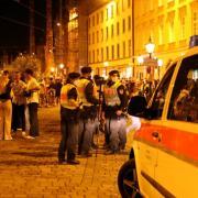 Immer wieder gab es seit dem Lockdown-Ende Ärger in der Maximilianstraße. Am Samstag eskalierte die Situation.