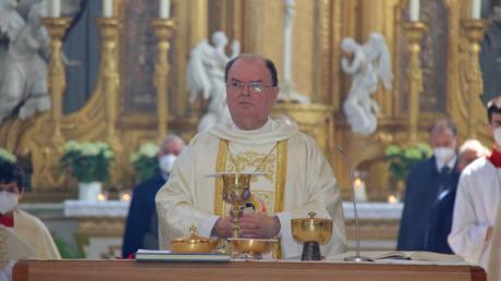 Bischof Bertram Meier feierte den Hohen Umgang in der Klosterkirche Oberelchingen.
