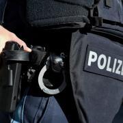 Am frühen Mittwochmorgen durchsuchten Ermittler der Polizei 46 Objekte in drei Ländern. Die Spur der Mafia führt auch in die Region Ingolstadt.