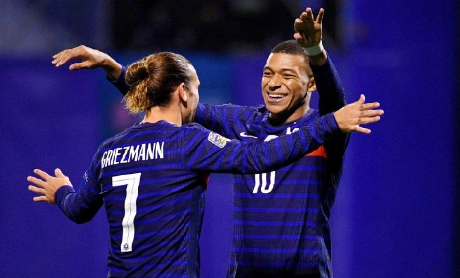 Antoine Griezmann und Kylian Mbappe gelten als herausragende Angreifer. Auch die französische Defensive genügt höchsten Ansprüchen. Das ist zumindest die allgemeine Meinung. Dabei gibt es aber auch etliche Schwachstellen – wenn man nur gut genug hinschaut.