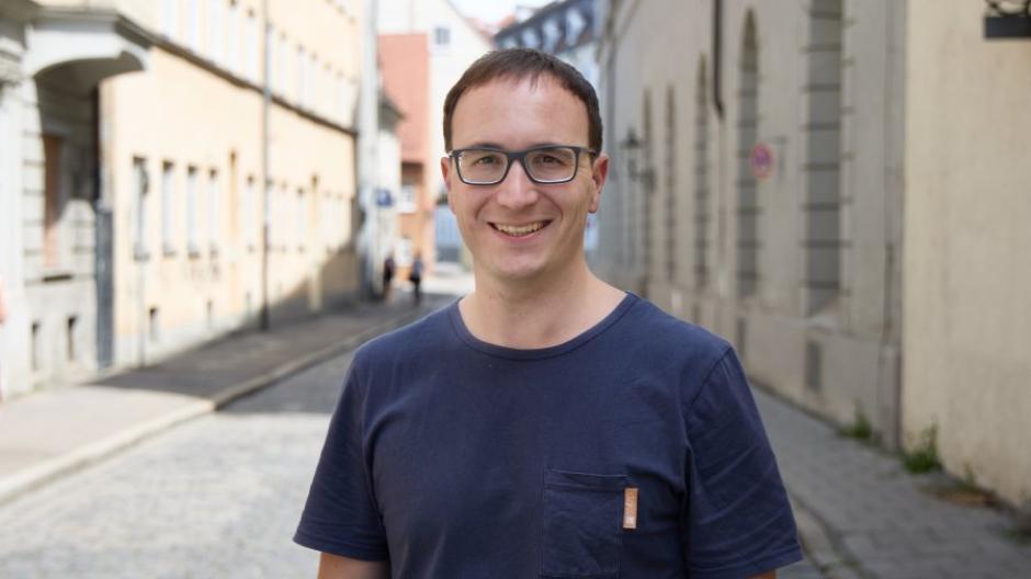 Timm Tränkler hat mit Kollegen das Start-Up Credium gegründet. Die Firma führt Immobiliendaten zu Gebäuden zusammen und bereitet sie mittels Künstlicher Intelligenz für Nutzer auf.