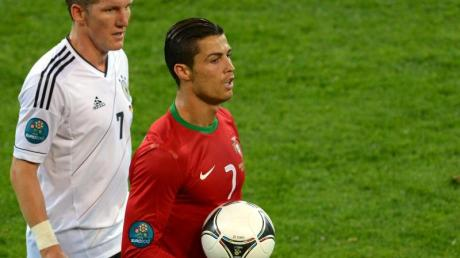 Bei der EM 2012 gewannen Bastian Schweinsteiger und Co. mit 1:0 gegen die Portugiesen um Cristiano Ronaldo.