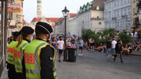 Hier was es noch ruhig, doch in der Augsburger Maximilianstraße eskalierte in der Nacht auf Sonntag die Situation.