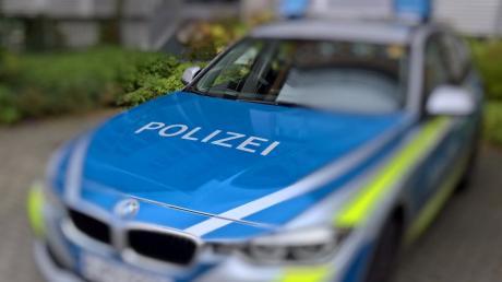 Unbekannte haben laut Polizei das Kennzeichen eines Quads geklaut.