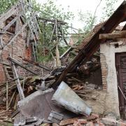In Günzburg ist ein unbewohntes Haus teilweise eingestürzt.