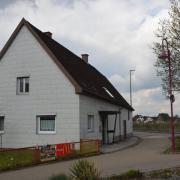 Die Gemeinde Bellenberg hat das leer stehende Haus der Familie Striebel gekauft und wird es als weitere kommunale Notunterkunft nutzen.