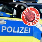 Die Polizei erwischte einen Drängler auf der B17, der durch die Rettungsgasse fuhr.