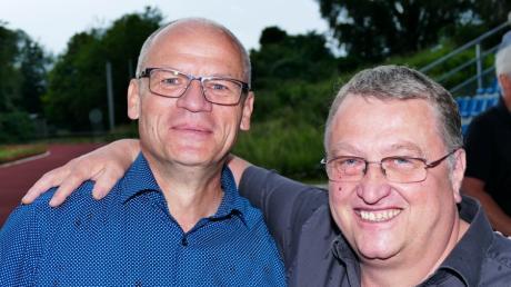 Der neue und der alte Vorsitzende des TSV Bobingen: Dirk Matthies und sein Vorgänger Erwin Treischl.