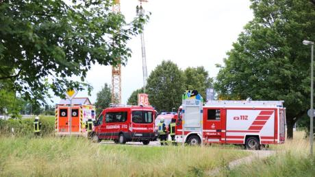 Am Dienstagabend wurde die Feuerwehr auch zu einem Einsatz in Vöhringen gerufen. An einem Kran hatte sich eine Kette gelöst.