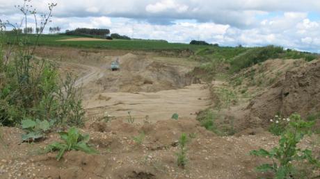Es gibt bereits drei Sandgruben im Raum Zahling. Das Bild zeigt das Abbaugebiet zwischen Zahling und Taiting Gemeinde Dasing.