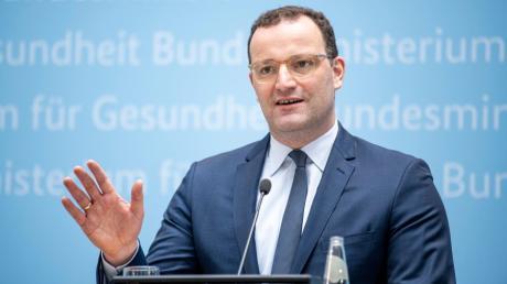 Gesundheitsminister Jens Spahn steht wegen der Zwangspause für Impfzertifikate in der Kritik.