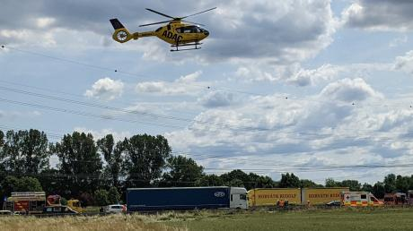 Die Polizei sucht den Verursacher eines Unfalls, der sich am Montag nahe Jettingen-Scheppach ereignet hatte.