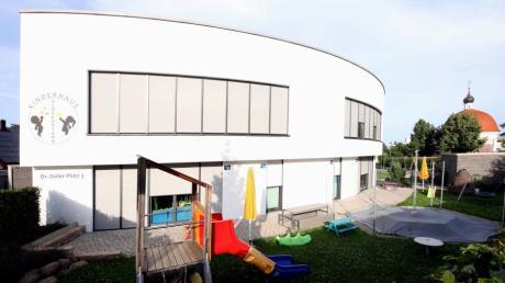 """Das Kinderhaus """"Glücksstern"""" in Offingen soll 25 weitere Kindergartenplätze erhalten. Am Montag ging es im Marktgemeinderat unter anderem um Betreuungsplätze."""