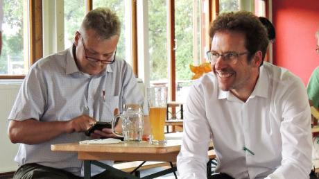 Könnten ungleicher nicht sein: Landrat Peter von der Grün und sein Vorgänger Roland Weigert.