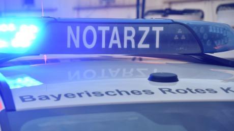 Nach dem Unfall eines Motorradfahrers am Berger Kreuz war auch ein Notarzt im Einsatz.